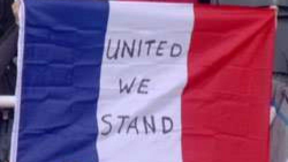 Il calcio contro il terrorismo, fra silenzi e MarsiglieseIl calcio contro il terrorismo, fra silenzi e Marsigliese