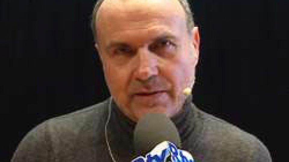 Riccardo CastagnariIl CAROSELLO di CASTAGNARI, seduce anche i più giovani