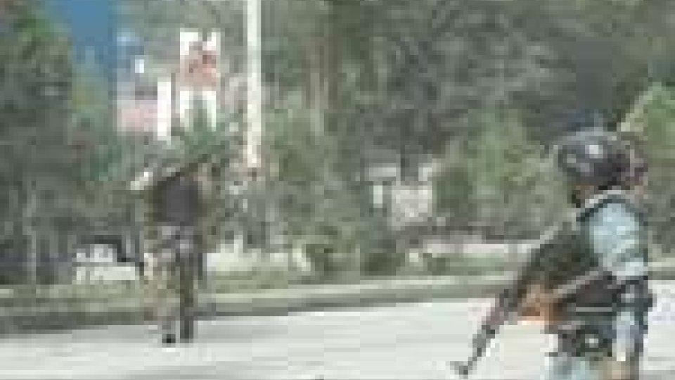 Afghanistan: 17 morti nella zona verde