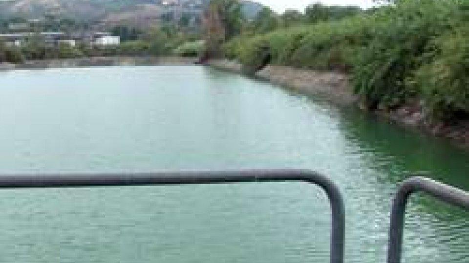 Il bacino in località TorelloAcqua: la pioggia scongiura il razionamento ma resta stato emergenza