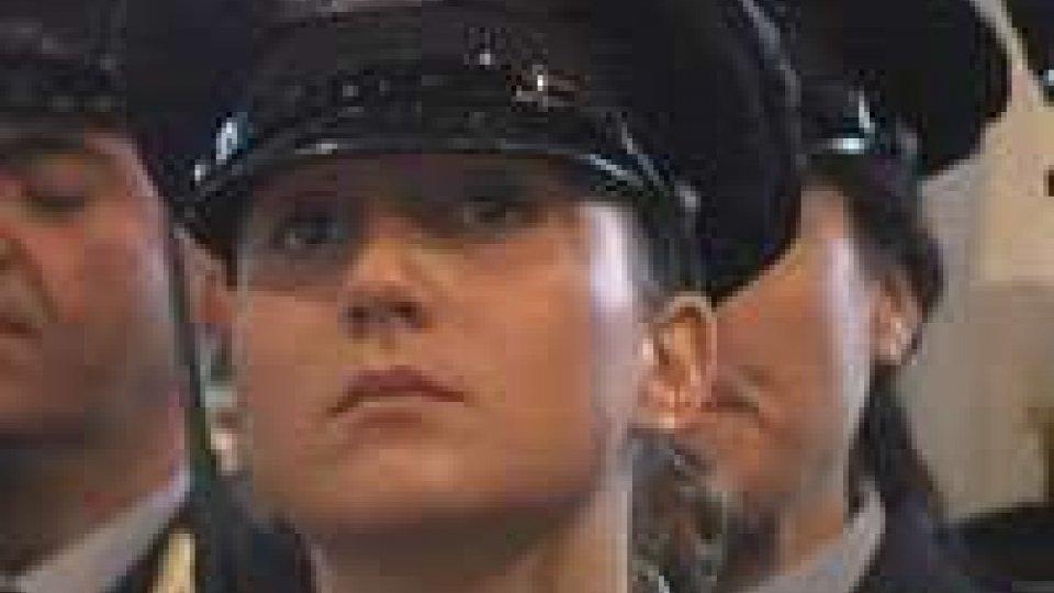 Donne nelle Milizie. Nel giorno dell'Arengo, hanno giurato sette nuove reclute.Donne nelle Milizie