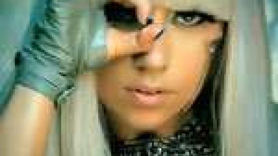 """Cina: Lady Gaga e Beyoncé sulla """"lista nera"""" di internet"""