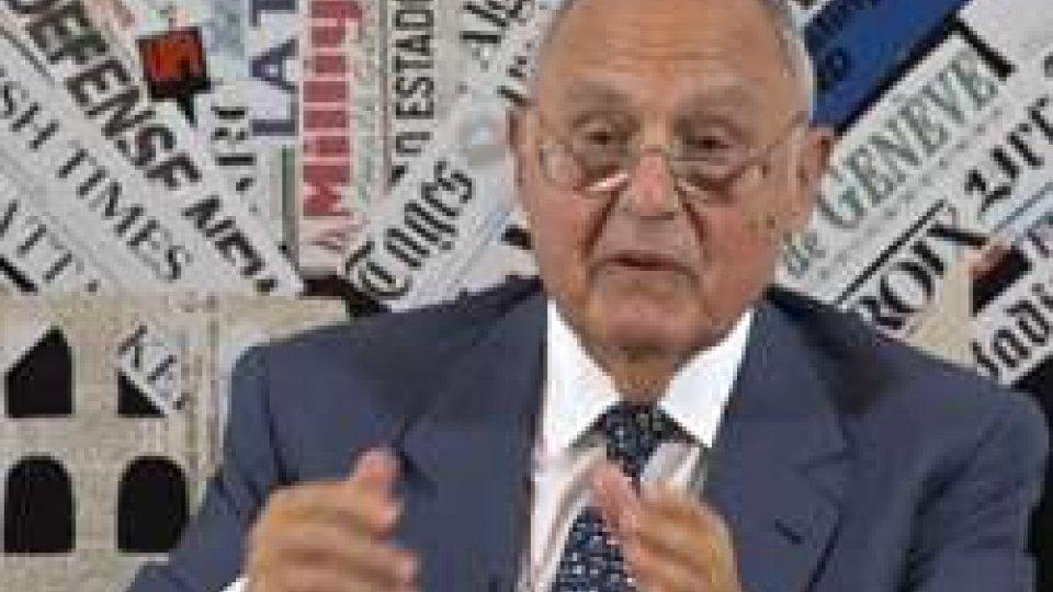 """Paolo SavonaIl ministro Savona: """"Sollevato per non essere andato all'Economia"""""""