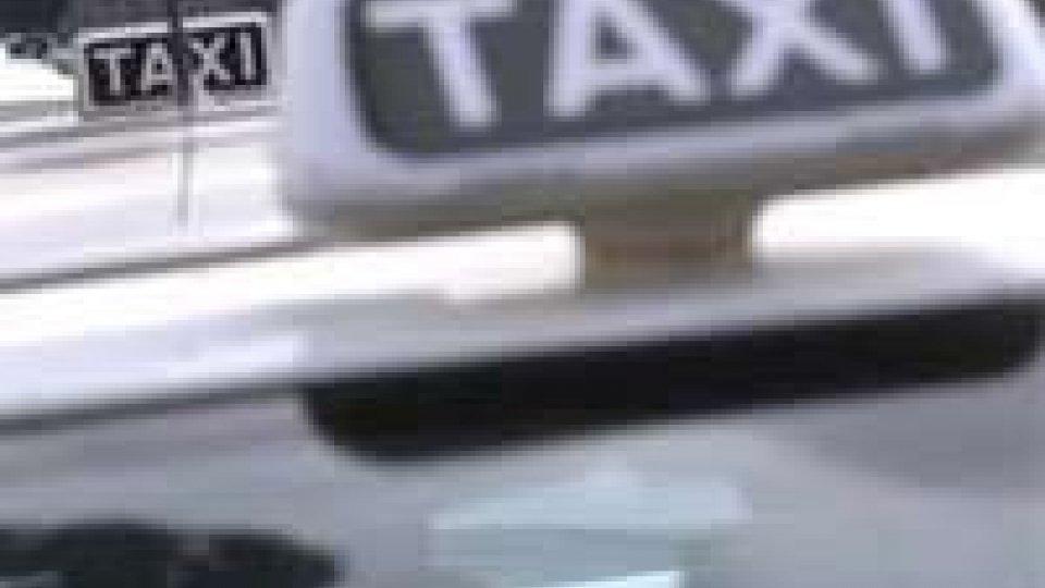 Riccione: controlli sui taxi abusivi, sanzionati 3 n.c.c. di cui uno sammarinese