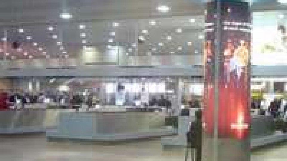 Datagate: Snowden ancora in aeroporto russo