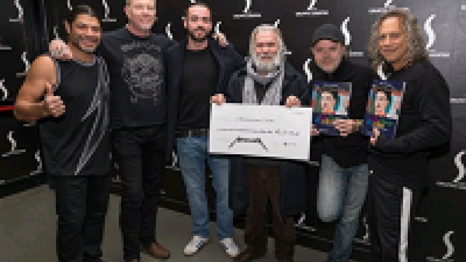 Metallica, 30mila euro ad una Onlus bolognese