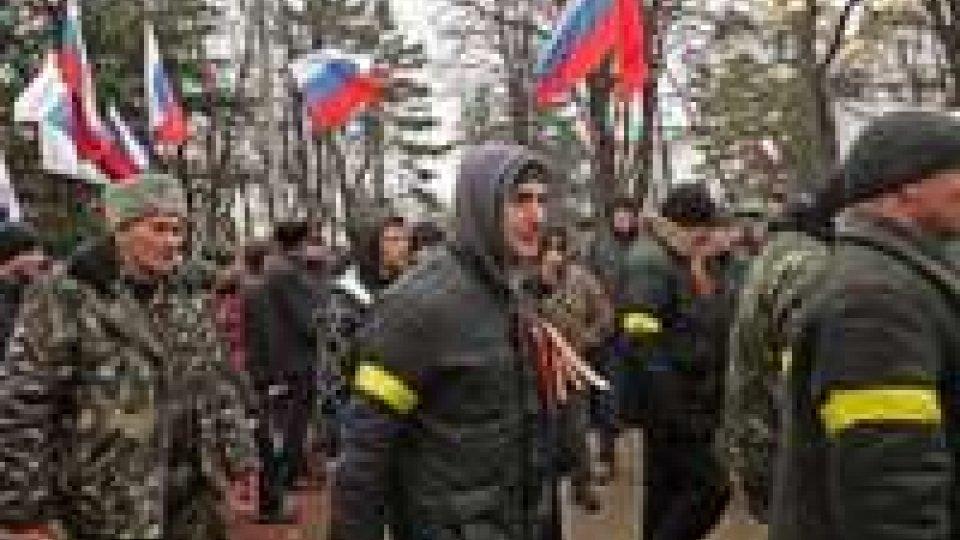 Ucraina: Crimea nel caos, Ianukovich rispunta in Russia