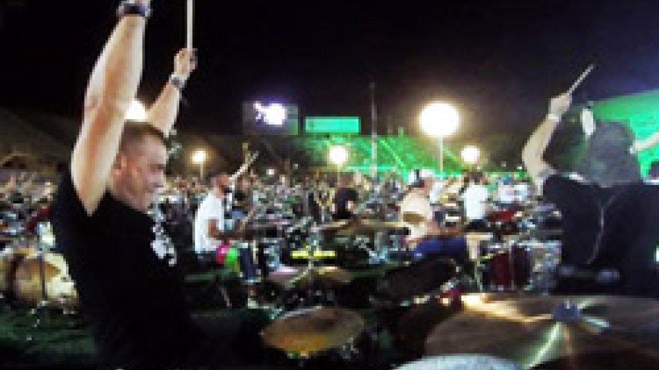 """Roberto Moghe Moretti al Rockin'1000Musica, i partecipanti sammarinesi a Rockin'1000: """"Esperienza incredibile!"""""""