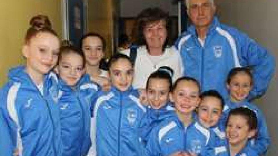 Le atlete della squadra femminile dell'Accademia della Ginnastica San Marino