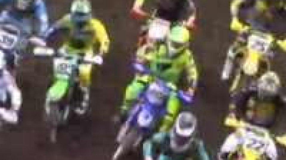 Motocross. Tony Cairoli con l'influenza limita i danniMotocross. Tony Cairoli con l'influenza limita i danni