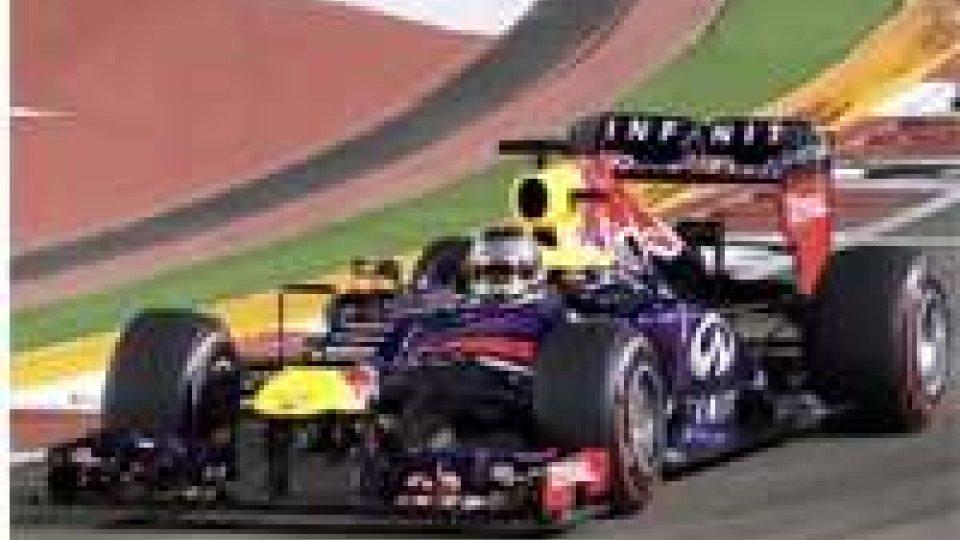 Il tedesco della Red Bull domina la gara, Alonso è secondo