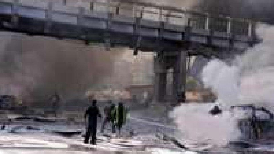 Siria. Potente esplosione in centro a Damasco