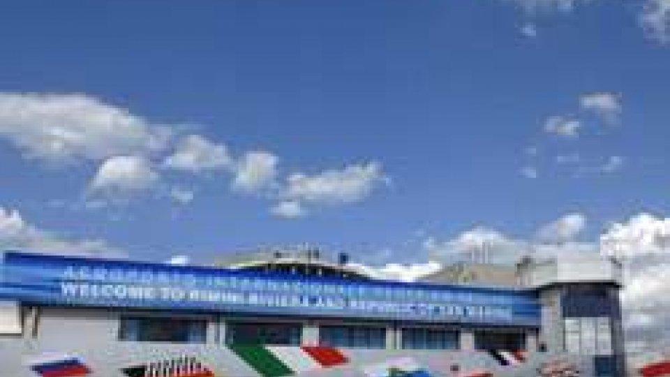 """AIRiminum 2014 in collaborazione con Mistral Air per lo sviluppo dell'Aeroporto """"Federico Fellini"""""""