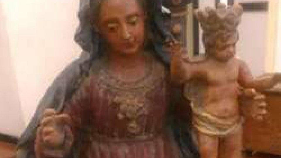 Donazione di quattro sculture in terracotta