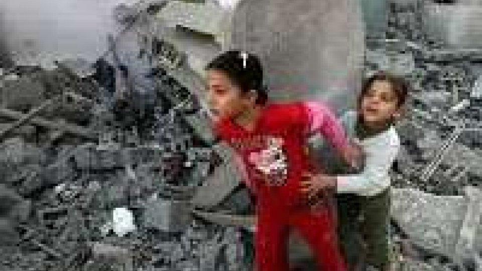 Gaza, nuova tregua ma continuano i raid: uccisa una bimba egiziana