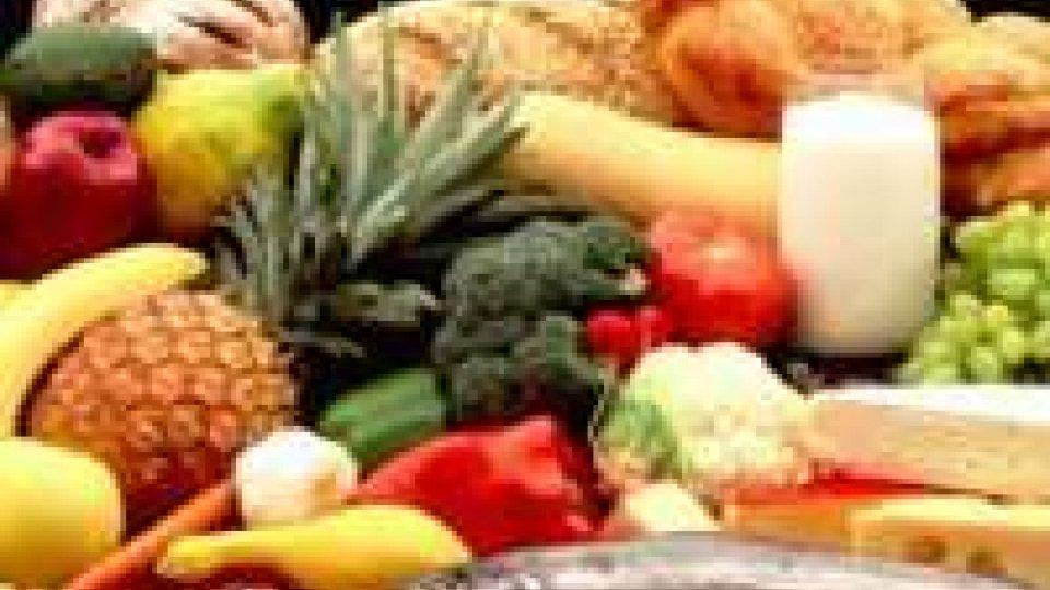 Forestale: 777 controlli sicurezza alimentare nel 2012, a Rimini il primato di sanzioni