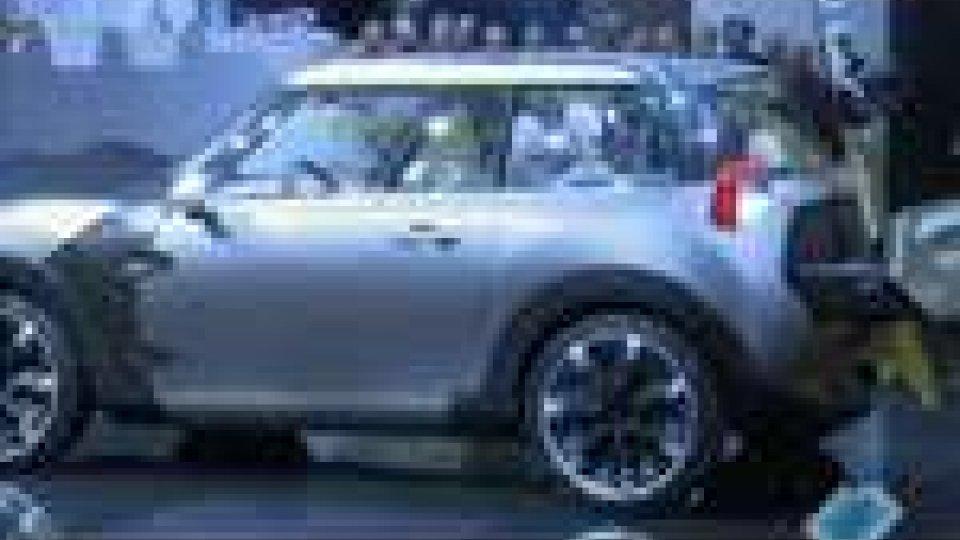 Si è aperto a Ginevra il Salone internazionale dell'auto