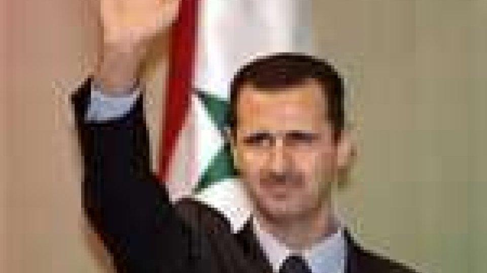 Siria: continuano le proteste contro Assad