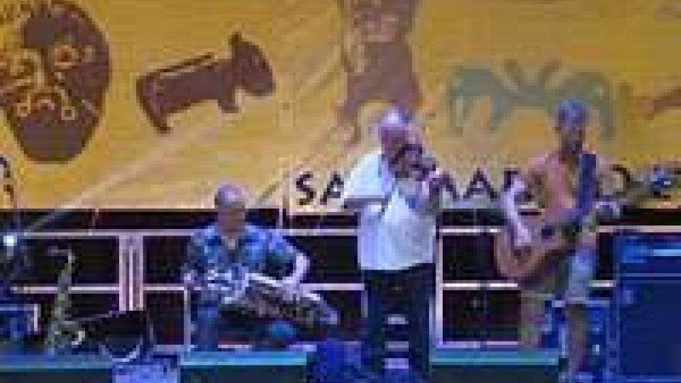 Etnofestival: con cornamuse e ghironde i Blowzabella stregano il pubblicoEtnofestival: con cornamuse e ghironde i Blowzabella stregano il pubblico