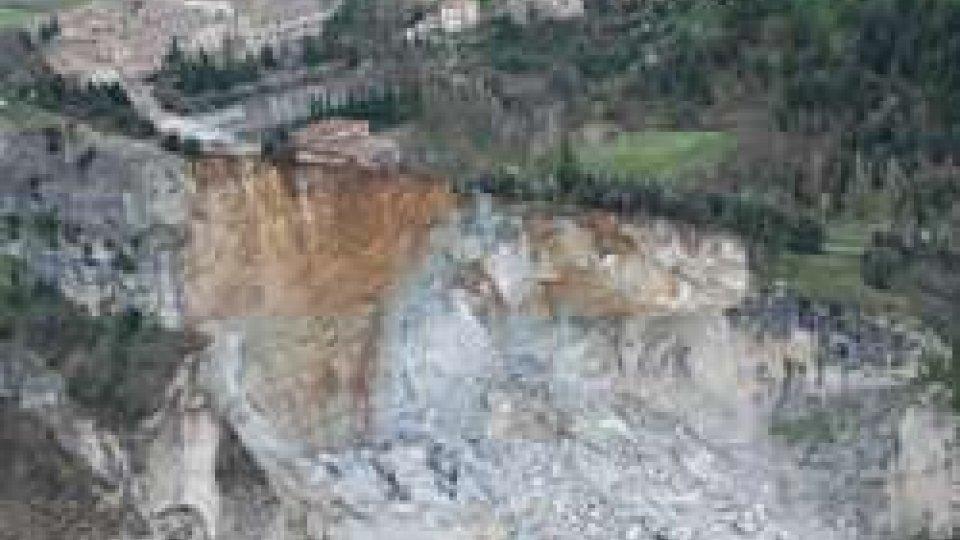 Indennizzo per gli evacuati crollo porzione rupe orientale di San Leo del 27 febbraio 2014