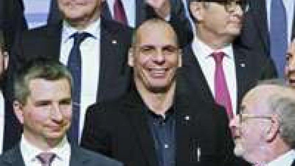 Grecia: Eurogruppo duro con Varoufakis, 'E' un dilettante'