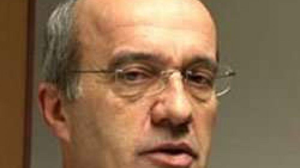 """Frontalieri, Arlotti: """"Le tasse sulle pensioni si pagano all'Italia o a San Marino?""""Frontalieri, Arlotti: """"Le tasse sulle pensioni si pagano all'Italia o a San Marino?"""""""