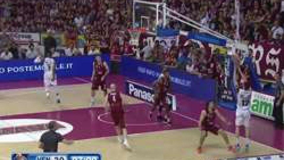 Venezia - Trento 79-64Basket, Venezia pareggia i conti: Trento ko 79-64