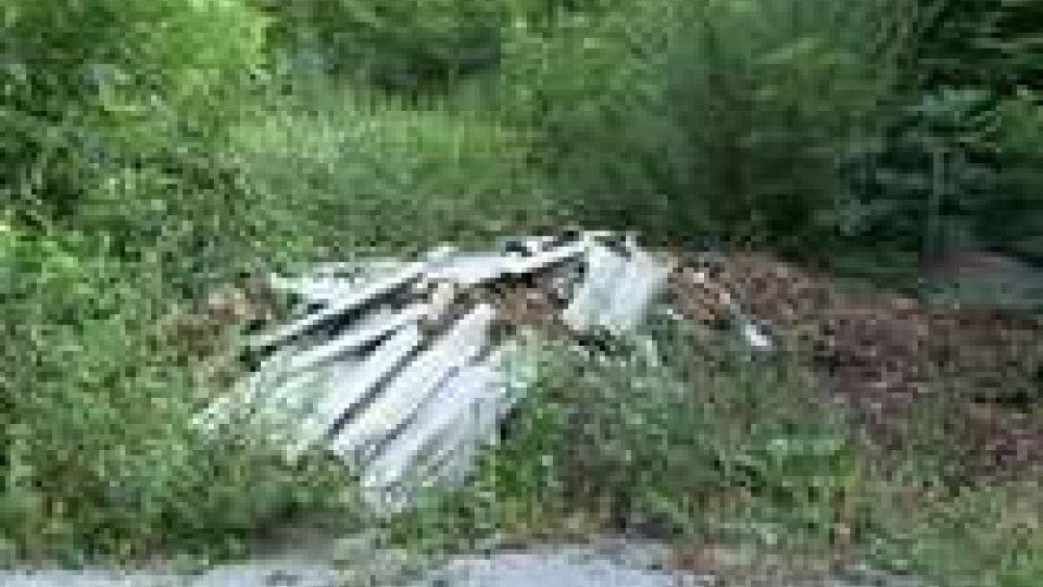 San Marino, scoperta in area protetta materiale edile abbandonato. Forse si tratta di eternit