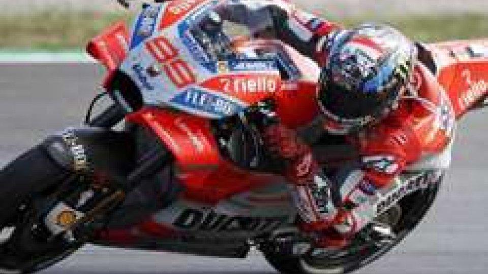 MotoGP, Lorenzo in pole in Catalogna