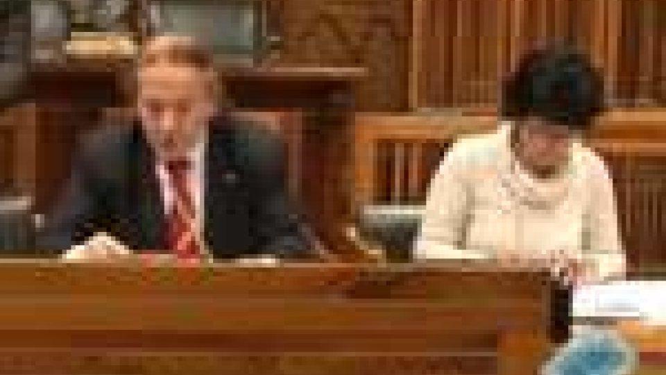 San Marino - In Commissione Esteri la querelle Riccio-ZechiniIn Commissione Esteri la querelle Riccio-Zechini: secretati gli odg conclusivi