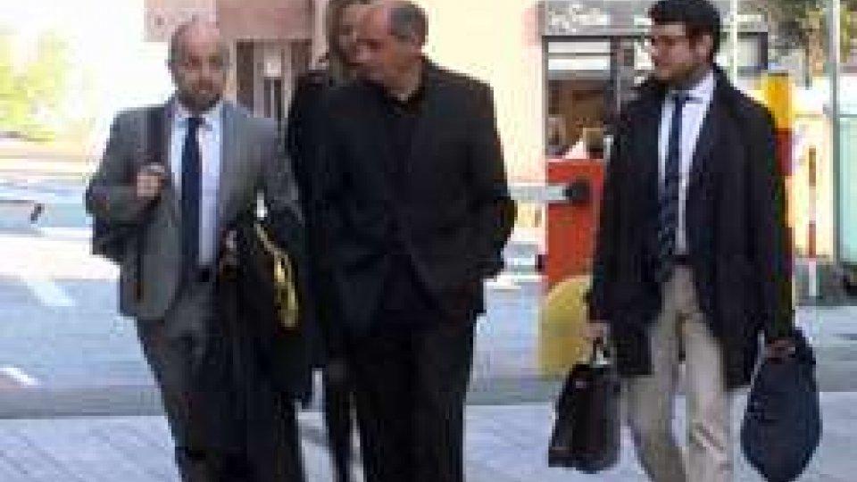 Claudio PodeschiPodeschi bis a porte chiuse: rinviato al 19 aprile o al 7 maggio