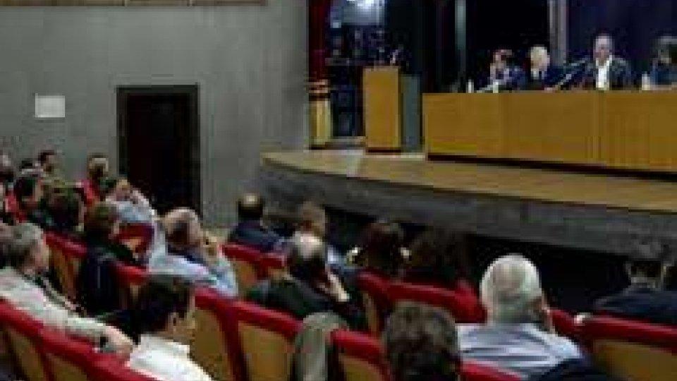 """assemblea CsuAssemblee CSU: """"Sciopero generale necessario"""""""