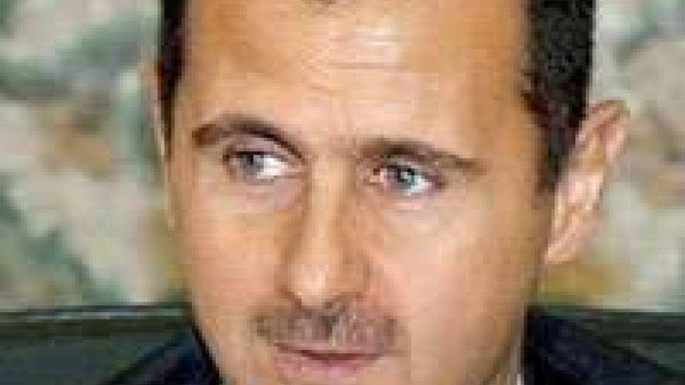"""Assad: """"non possiamo aspettare soluzioni da altri"""""""