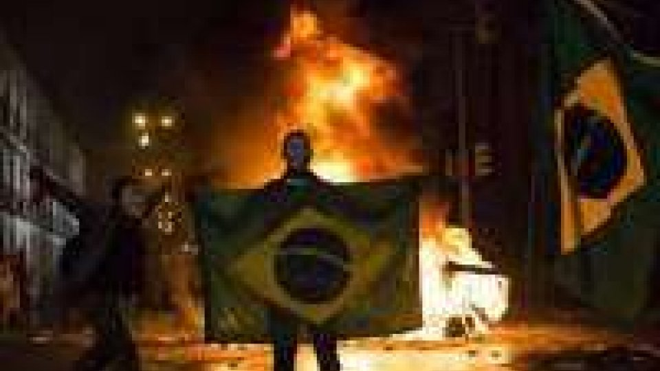 Brasile: ancora manifestazioni contro corruzione e carovita
