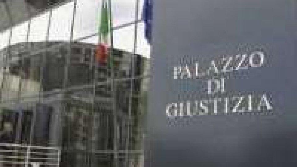 Indagati due avvocati riminesi per appropriazione indebita