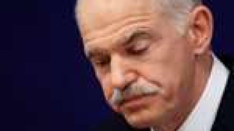 Oggi il voto di fiducia per il governo Papandreou
