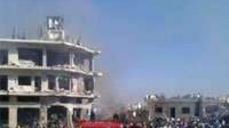Siria: battaglia alle porte di Damasco, scontri ad Aleppo