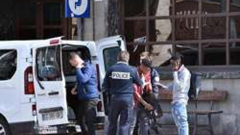 Bardonecchia: blitz agenti francesi in centro migranti