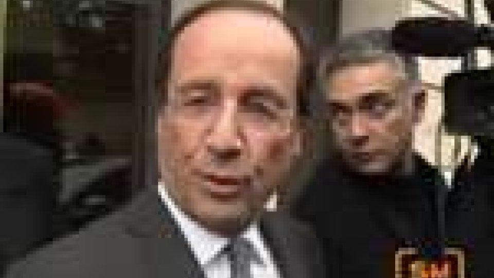 Francia: primo turno a Hollande, Sarkozy segue