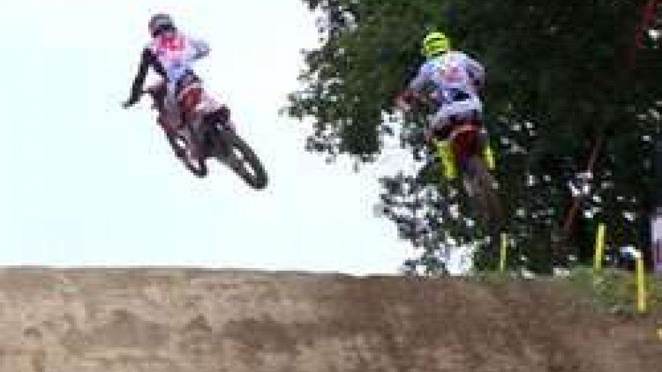 Spettacolare duello tra Febvre e Gajser nella tappa francese del mondiale di Motocross