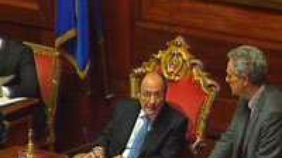 In Italia il decreto liberalizzazioni approda in Senato