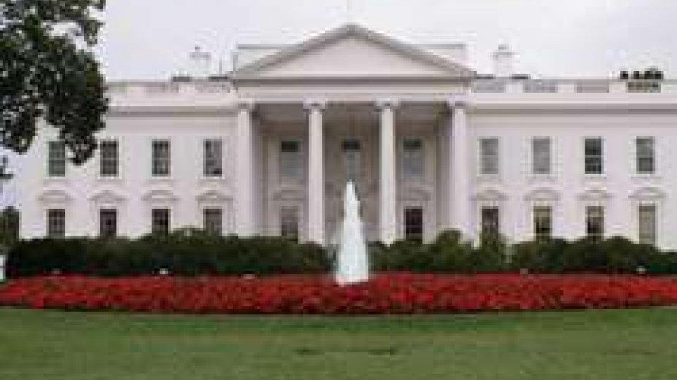 """""""Russiagate"""": la Casa Bianca getta acqua sul fuoco. Approvata, intanto, la riforma fiscale""""Russiagate"""": la Casa Bianca getta acqua sul fuoco. Approvata, intanto, la riforma fiscale"""