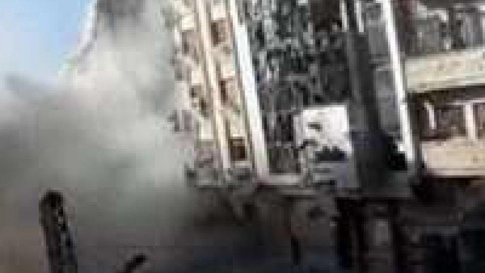 Siria. Opposizione sempre più divisa, si dimette presidente CNS