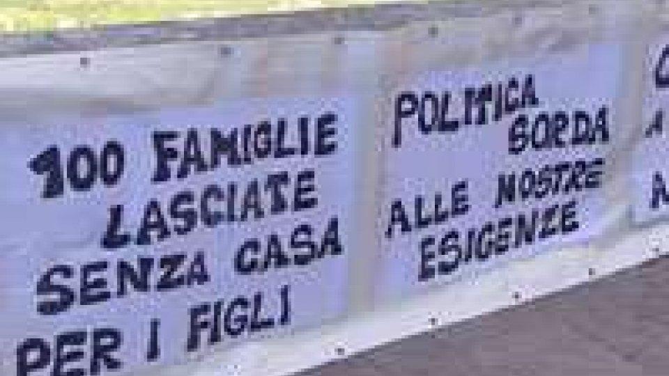 Emergenza casa, sul Pianello infiamma la protesta per i diritti all'abitazione