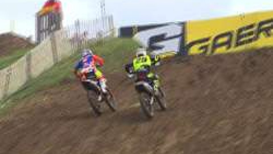 MotocrossMotocross, in Francia 4° en plein di fila per Herlings. In MX2 presente anche Andrea Zanotti