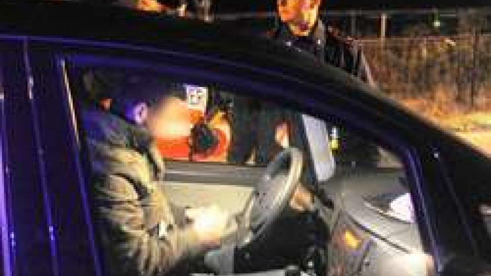 Notte di lavoro per i Carabinieri di Riccione: 4 arresti e più di 70 persone controllate