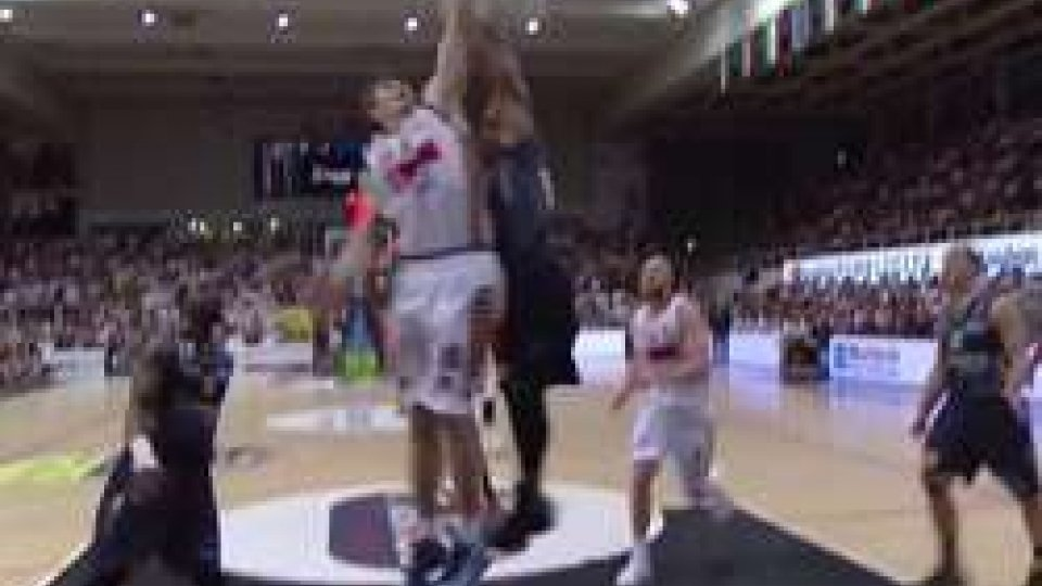 Basket, Venezia si riprende il fattore campo vincendo 73-67 a Trento