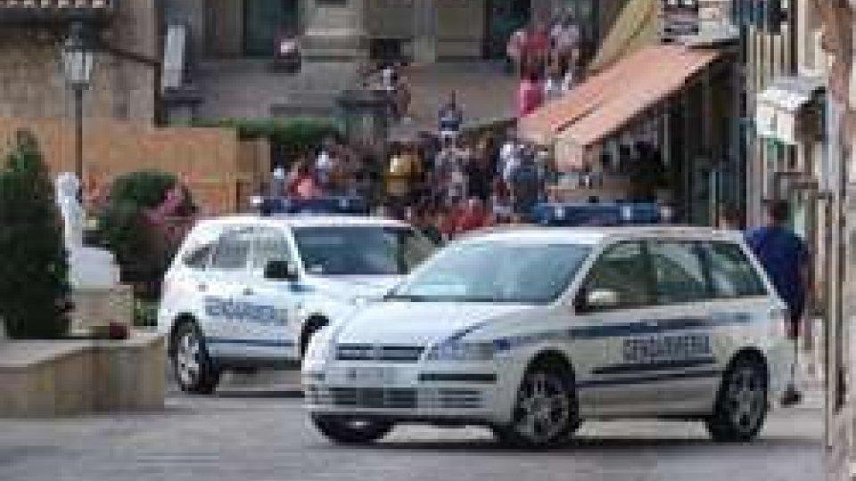 Presidi della Gendarmeria in via Donna Felicissima