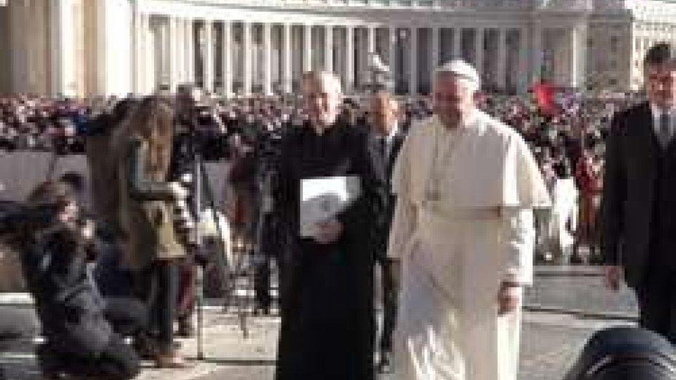 """Papa FrancescoPapa Francesco dopo il Giubileo: """"Assolvete quanti hanno procurato l'aborto"""""""