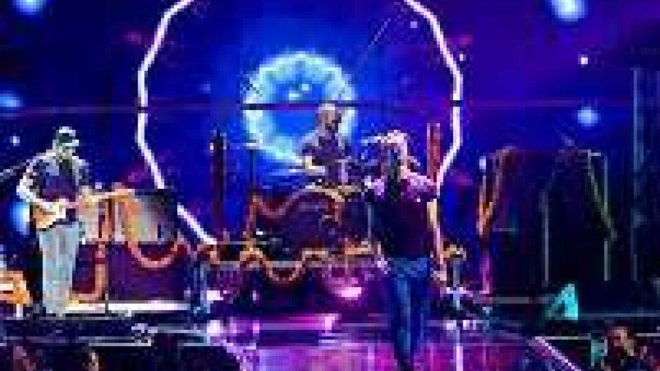 I Coldplay agli AMA 2015